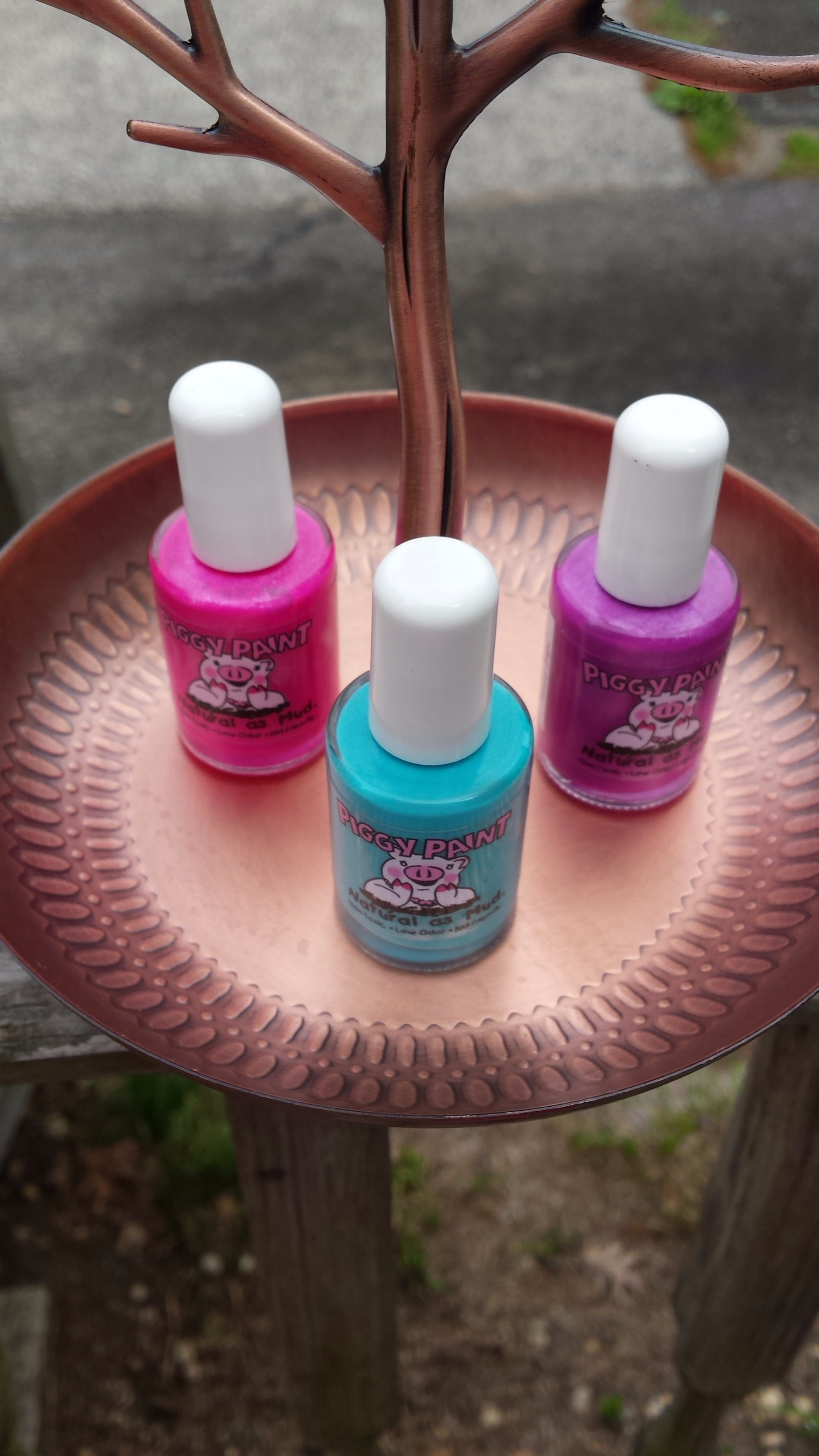 SOPHi By Piggy Paint No Odor Eco-Friendly Nail Polish #Review ...