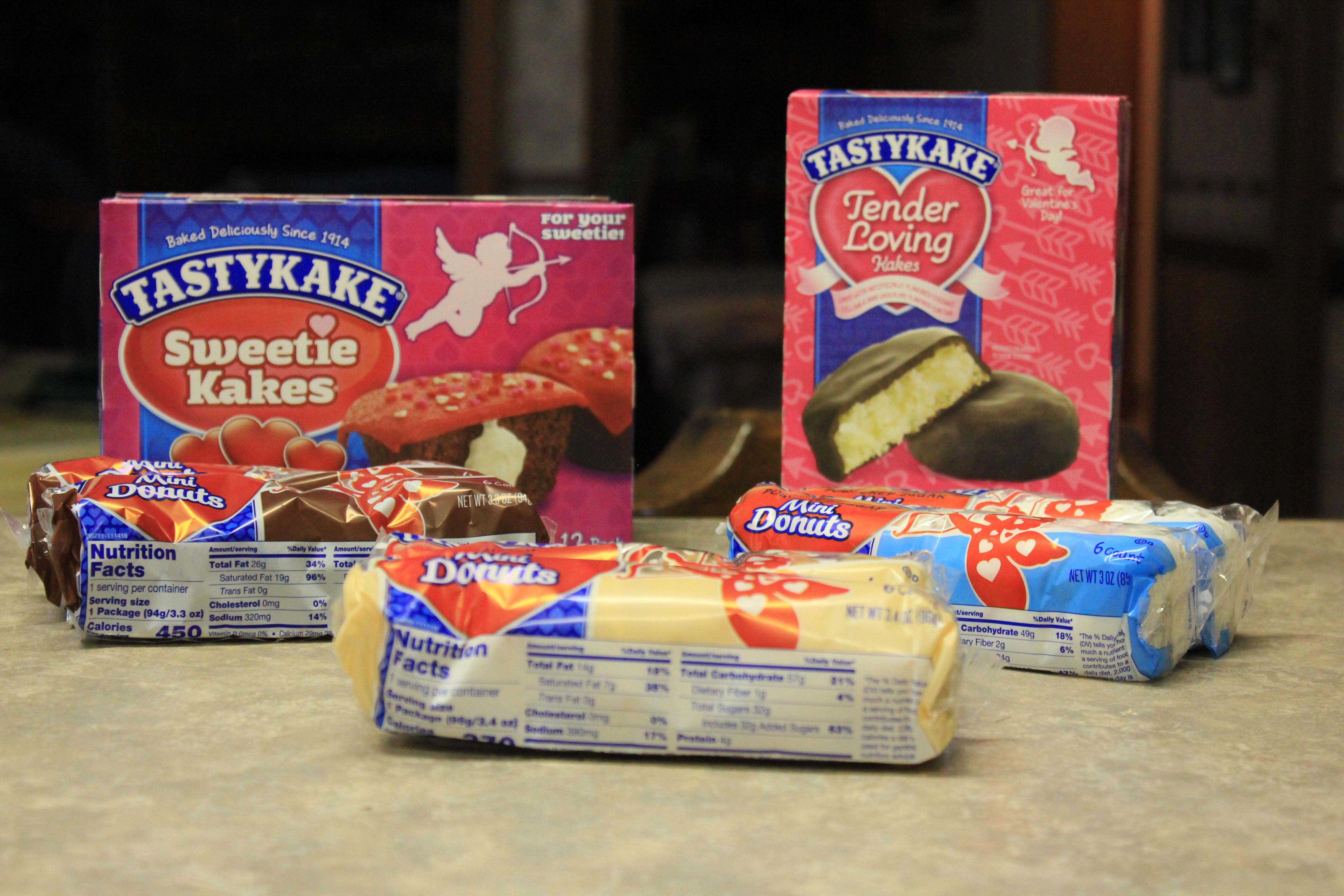 Tastykake Valentine Snack Review - BB