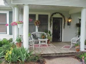 marlene-s-front-porch-1453376-640x480