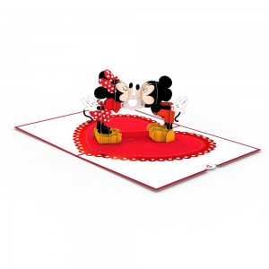 LP2320__Mickey_and_Minnie_Kissing_Overview_1024x1024